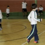Duas quadras poliesportivas, sendo uma coberta, utilizadas nas aulas de Educação Física