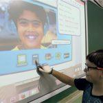 As lousas digitais são rotineiramente utilizadas pelos alunos
